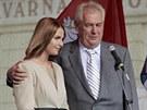 Miloš Zeman se v Pardubicích pochlubil i svojí dcerou Kateřinou (11. září 2013)