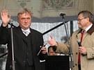 Starosta Kralic Emil Dračka a hejtman Jiří Běhounek.