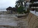 Mexiku sužuje hurikán Ingrid a tropická bouře Manuel.