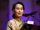 Zahájení mezinárodní konference Fórum 2000 se zůčastnila barmská disidentka a...