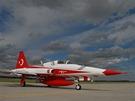 Akrobatická skupina Turkish Stars přilétá na mošnovské letiště
