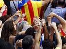 Stovky tisíc lidí se v Katalánsku zúčastnily shromáždění na oslavu národního...