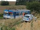 U Les�n�k na T�eb��sku se srazil motorov� vlak s traktorem. P�i nehod� zem�el...