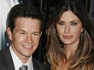 Mark Wahlberg s manželkou Rheou Durhamovou