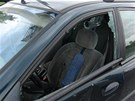 Řidič kamionu mu proto rozbil okénko.