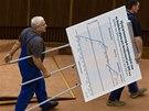 Schůze slovenského parlamentu probíhala přes noc.