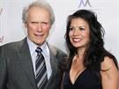 Clint Eastwood a Dina Ruizová (2010)