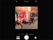 iOS 7 pro iPhone: Nově lze pořizovat fotografie ve čtvercovém poměru stran.