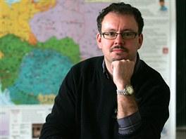 Sokolovsk� historik Vladim�r Bru�e��k vyp�tral rodiny �etn�k� padl�ch v roce...