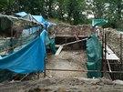 Práce na opravě zříceniny v Kunraticích