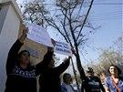 Chilané protestují proti luxusním podmínkám ve věznici Cordillera pro zločince