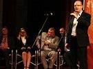 Bohuslav Sobotka v ústeckém kulturním domě, který si ČSSD vybrali pro svůj