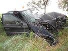 Nehoda u Smržic na Prostějovsku, kdy se z auta v neděli 22. září po nárazu do