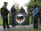 Na happening v Přerově dorazili i čtyři mladíci z antifašistické skupiny Antifa