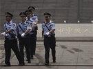 Policejní kontrola před soudem v Ťi-nanu v neděli 22. září, kdy tribunál