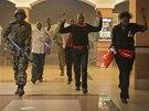 Útok islamistů v nákupním centru keňského hlavního města Nairobi.