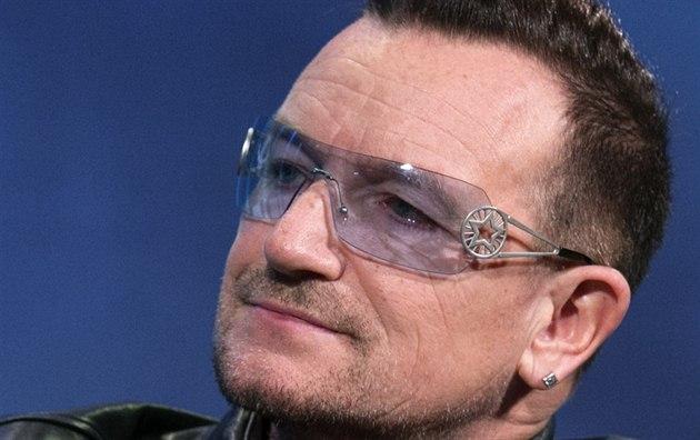 Zp�vák Bono Vox z U2 (25. zá�í 2013)