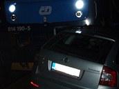 Střet osobního vlaku se Škodou Octavií na nechráněném přejezdu v Hnojníku. (19.