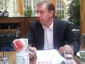 Stínový ministr práce a sociálních věcí Roman Sklenák při neformální snídani s...