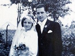 Svatební fotografie Jana a Heleny Štecových. Brali se v roce 1936.