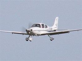 Letoun SR22 Cirrus patří k moderním strojům. Mimo jiné je vybavený záchranným...