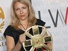 Natalija Pin�ukov� p�evzala 29. z��� 2012 v polsk�m Gda�sku Cenu Lecha Walesy