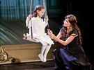 Charlotte Ella Gottov� a Kate�ina Bro�ov� p�i premi��e muzik�lu Mata Hari (26....