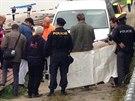 Kriminalisté zkoumají nález lidské nohy, kterou ve Vltavě objevil trenér...