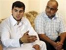 Libího syn (vlevo) tvrdí, že jeho otec je nevinný (8. října)