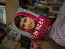 Malalaj Júsufzaiová o svém životě napsala i knihu. Zájem o ni je obrovský