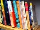 Ke kávě jste si mohli vzít na mítinku ODS i knihu. Výběr knih byl poměrně