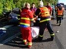 Hasiči se záchranáři zasahují u vážné dopravní nehody BMW blízko ostravských...