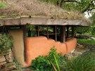 Během letošních veder zelená střecha uschla.