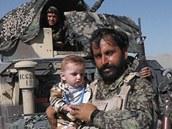 Velitel afghánského týmu ženijního průzkumu na Highway 1