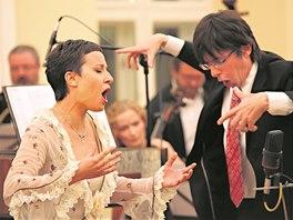 Dirigent Václav Luks svůj temperament rozhodně neskrývá.