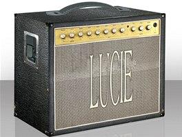 Box s kompletní diskografií Lucie vypadá jako kytarová aparatura. Prodává se za