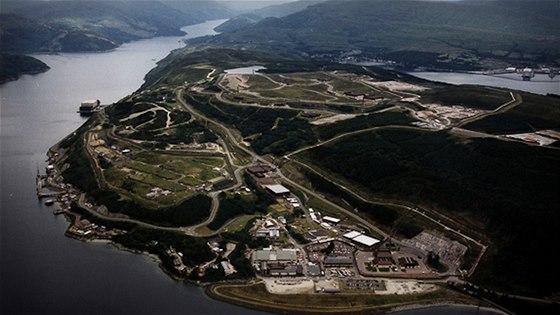 Britská námořní základna Clyde u Faslane ve Skotsku