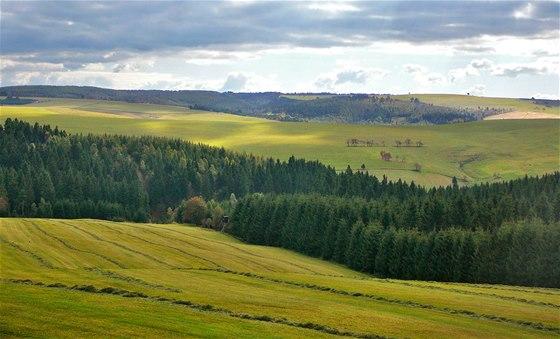Krajina uprostřed Krušných hor je vhodná pro rekreační cyklisty, ale i pro