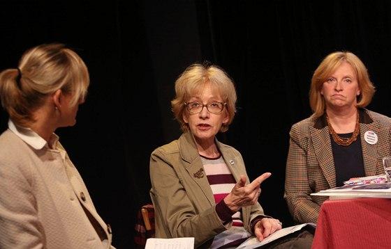 Debata žen, kandidátek do Sněmovny. Na snímku zprava Gabriela Pecková (TOP 09),