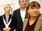 Končící zmocněnkyni pro lidská práva Moniku Šimůnkovou podpořil například lídr