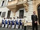 Před kolínskou radnicí čekal na příjezd prezidenta starosta Vít Rakušan.