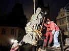 Zrestaurovan� barokn� souso�� Krista Salv�tora, svat�ho Kosmy a svat�ho Dami�na
