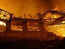 Plameny zachvátily Průmyslový palác na Výstavišti.