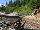 Lanovka i železnice k přehradě Lac de Emosson byly letos v rekonstrukci. Příští