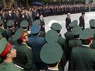 Státního pohřbu generála Giapa se účastní nejvýznamější špičky komunistického