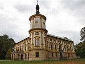 Vy jste ještě nenavštívili zámek v Linhartovech na Krnovsku? Chyba!