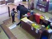 Záběr z bezpečnostních kamer obchodního domu v Nairobi, který napadli teroristé stoupenci aš-Šabábu