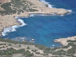 Pobřeží severozápadního Kypru, pohled ze stezky Aphrodite Trail