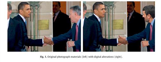Jedna z falešných fotek ukazuje prezidenta Obamu, jak si potřásá rukou s...