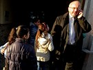 Debata politických lídrů pořádaná mf dnes u romské rodiny Tulejových.